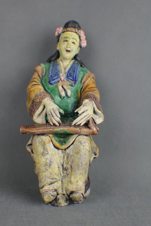 """A Qing dynasty """"Shi Wan"""" Figure"""