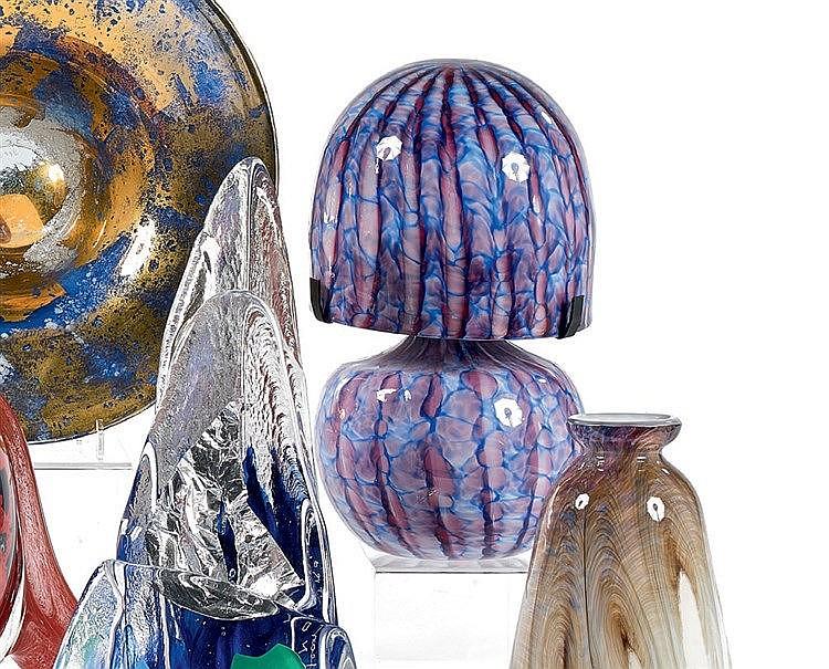 Jean-Claude NOVARRO (1943-2014) Lampe Méduse en verre à décor ble