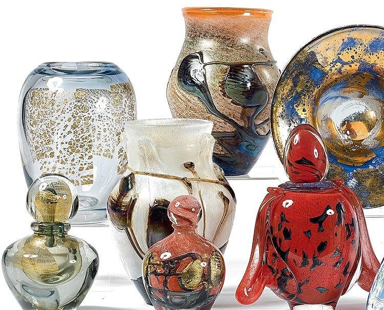 Jean-Claude NOVARRO (1943-2014) Grand vase balustre en verre blan