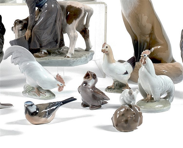 ROYAL COPENHAGUE. CHRISTIAN THOMSEN (1860-1921) Poule. Porcelaine