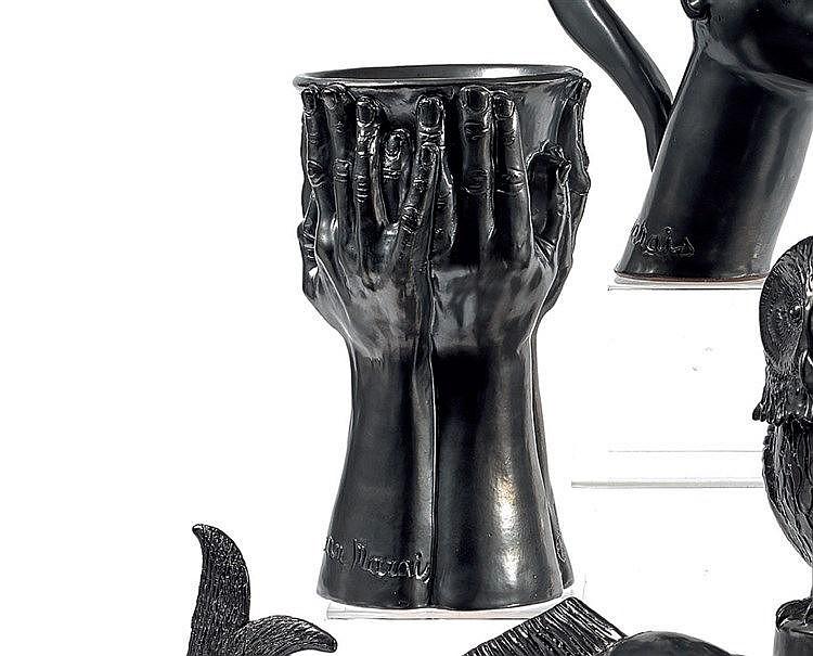 Jean MARAIS (1913-1998) « Vase à quatre mains » Faïence de Vallau