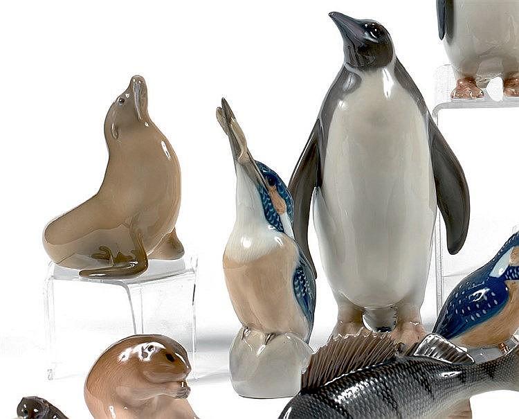 ROYAL COPENHAGUE. Th. MADSEN. Penguin. Modéle crée en 1902.