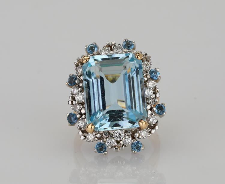 10.40ctw Near Flawless Aquamarine, 1.00ctw SI1-SI2/G-H Diamond & Solid 14K Yellow Gold Cocktail Ring