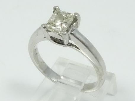 1.00CT Genuine Princess-Cut SI1-SI2/H-J Diamond Solitaire in Solid Platinum Band