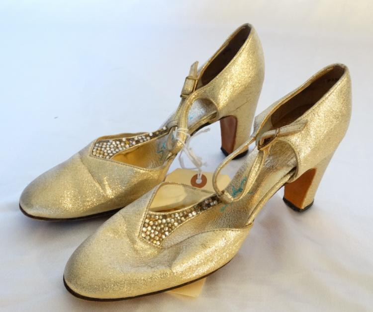 Cynthia Nixon (Sex and the City) Personally Worn Gold High Heel Shoes Made by Stanley Philipson W/COA