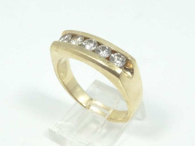 Vintage Solid 14K Yellow Gold & Approx. 0.75CTW Genuine SI1-SI2/G-H Diamond Ring