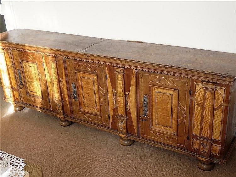 meuble transform en enfilade en partie ancien. Black Bedroom Furniture Sets. Home Design Ideas