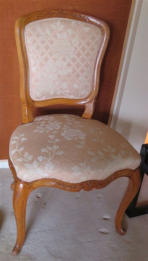 Paire de chaises poque louis xv xviiie s for Chaises louis xv cannees