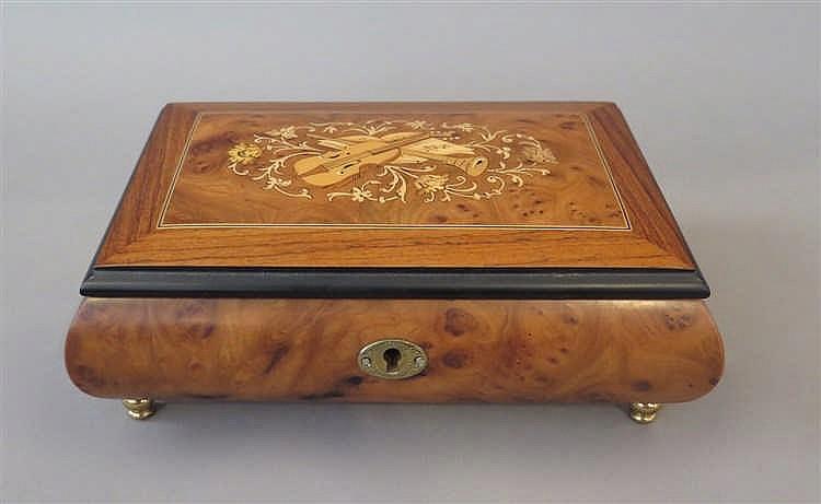 GUEISSAZ-JACCARD, 1848 > [CH]. Boîte à musique, XXe s.