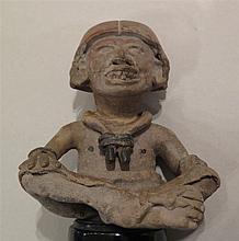 Personnage assis en tailleur, Mexique, culture  Veracruz, Ie millénaire après J.-C.