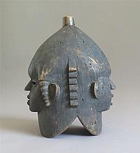 Masque heaume janus, ethnie Anyang, Cameroun.