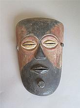Masque, ethnie Vashilele, Zaïre.