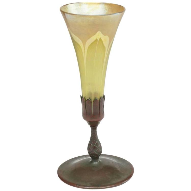 Tiffany Studios Pulled Feather Trumpet Vase, Bronze Base. CA. 1910