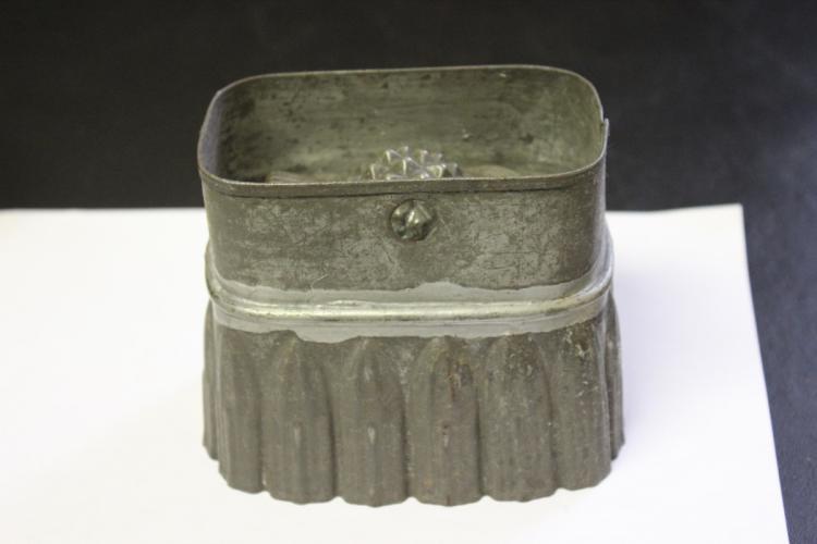 A Vintage Tin Mold