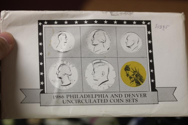 1986 Philadelphia and Denver Coin Sets