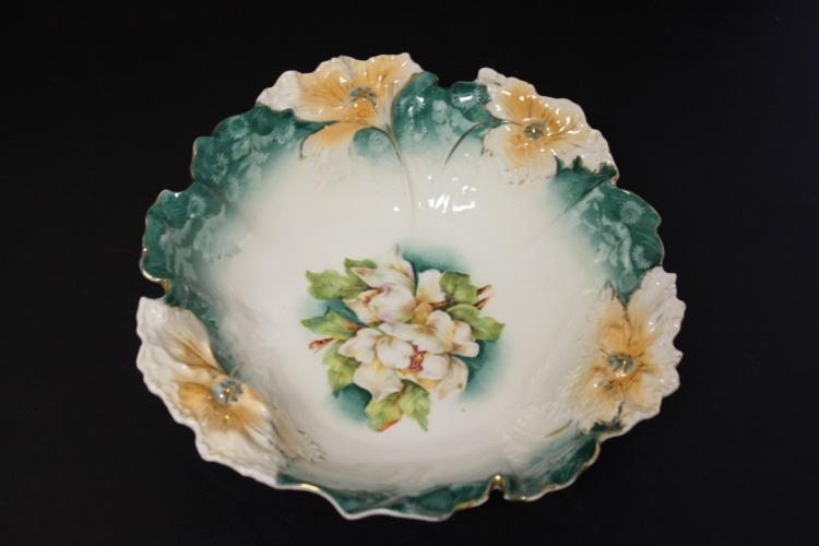 A 19th Century or Early 1900's R.S.Prussia Bowl