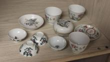 Lot of 10 Small Chinese Porcelain