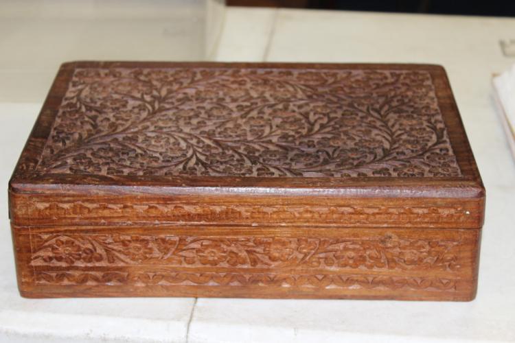 Vintage Carved Burl Wood India Box
