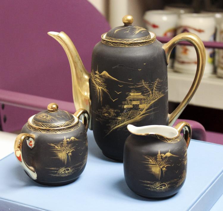 Set of 3 Kutani Lithophane Tea Set Teapots