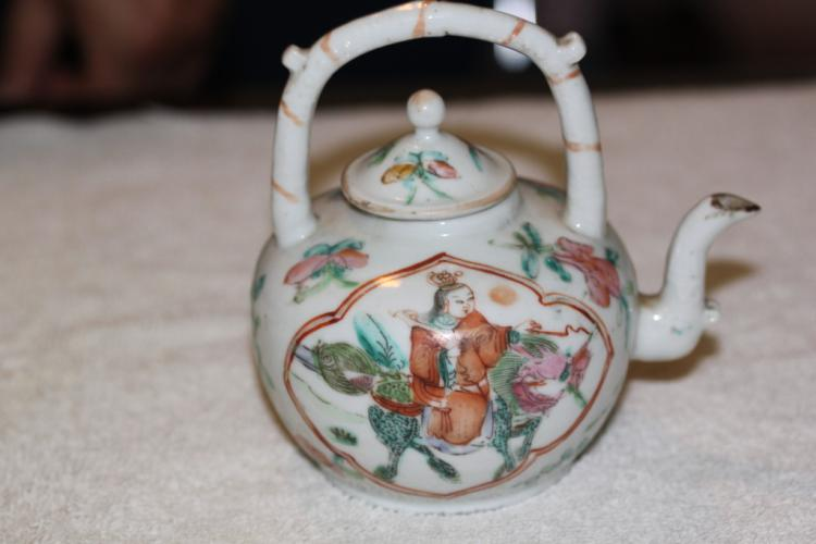 Antique Chinese Rose Medallion Enamel on Porcelain Teapot