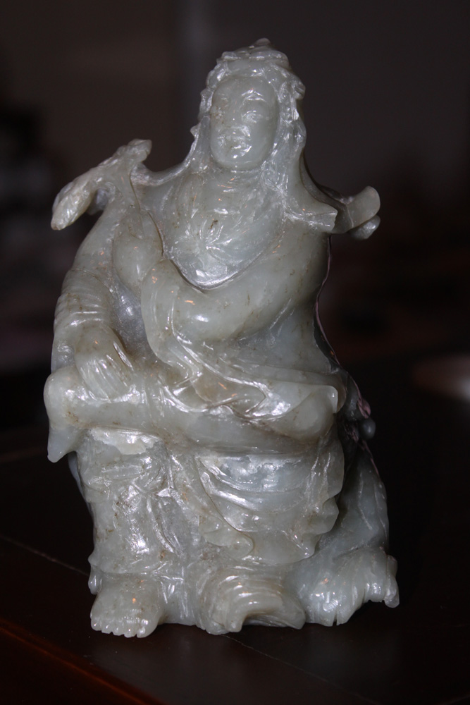 Antique / Vintage Chinese Celadon Jade Lady