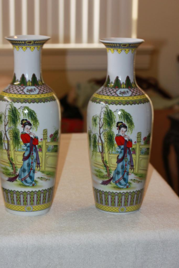 Pair of Well Done Contemporary Chinese Porcelain Vases