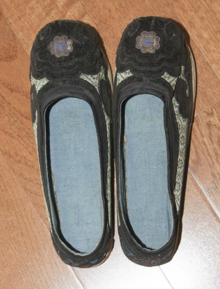 Antique Pair of Chinese Embroidery Shoes