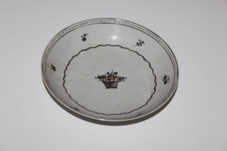 Antique Chinese 19th Century Export Black Dish