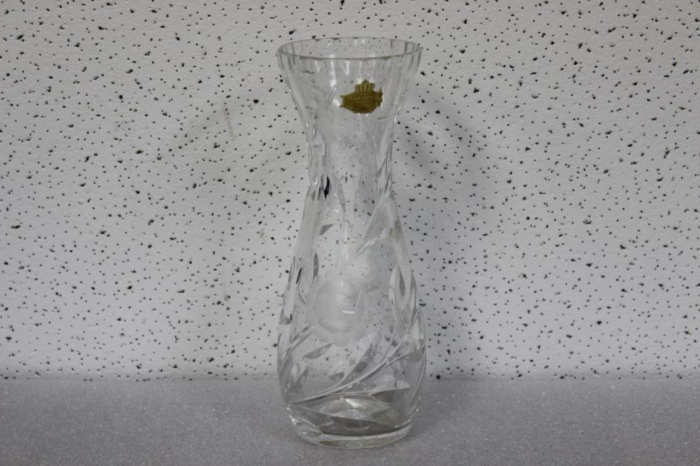Crystal Vases For Sale At Online Auction Buy Rare Crystal Vases