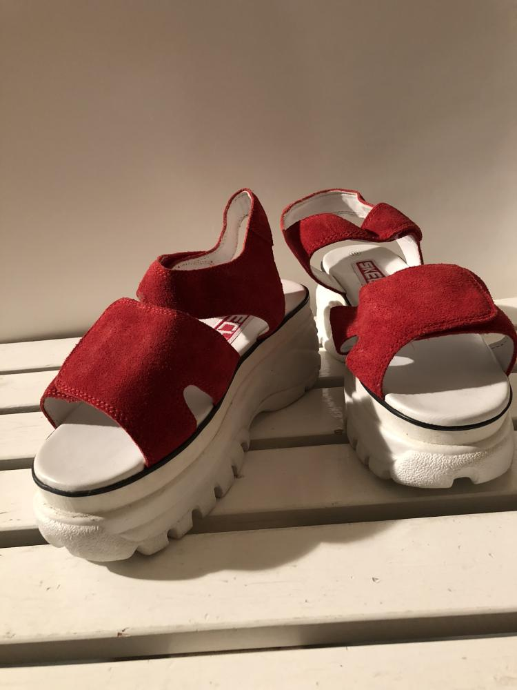 48b918a208c RARE ORIGINAL vintage Skechers shoes by Private Swiss collectors I Love  vintage Skechers , size 38