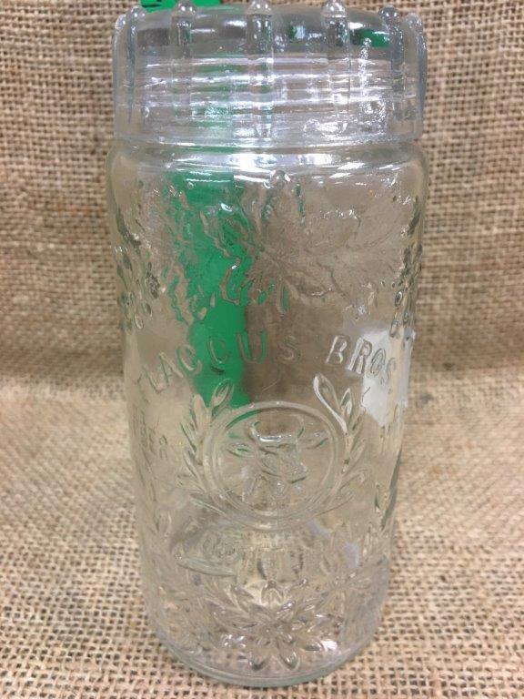 Lot 22: Jar