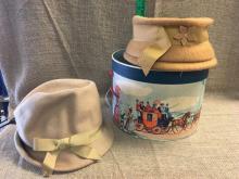 Lot 11: Hat box