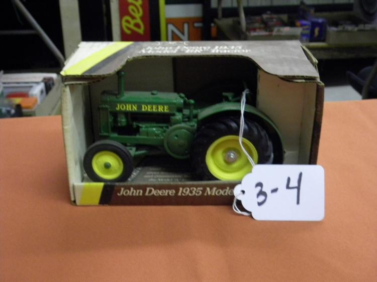 """JD 1935 MODEL """"BR"""" TRACTOR"""