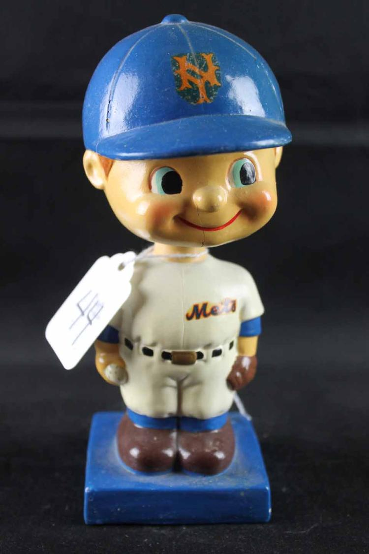 Early 1960s baseball bobblehead: