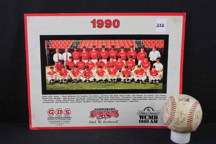 Autographed baseball/photo: