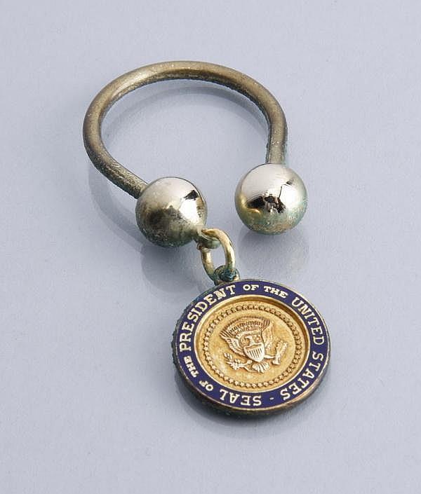 Presidential key ring