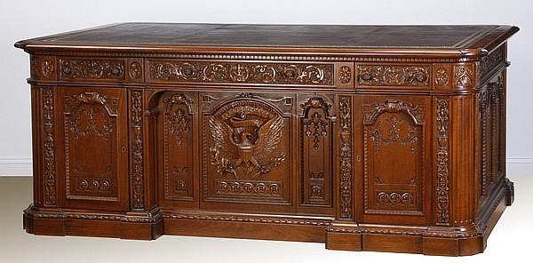 Presidential Oval Office replica desk