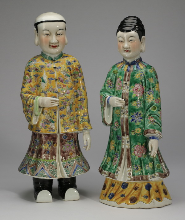 Pair of Chinese porcelain figures, 16