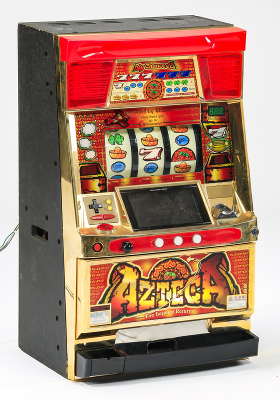 'Azteca' classic three reel slot machine