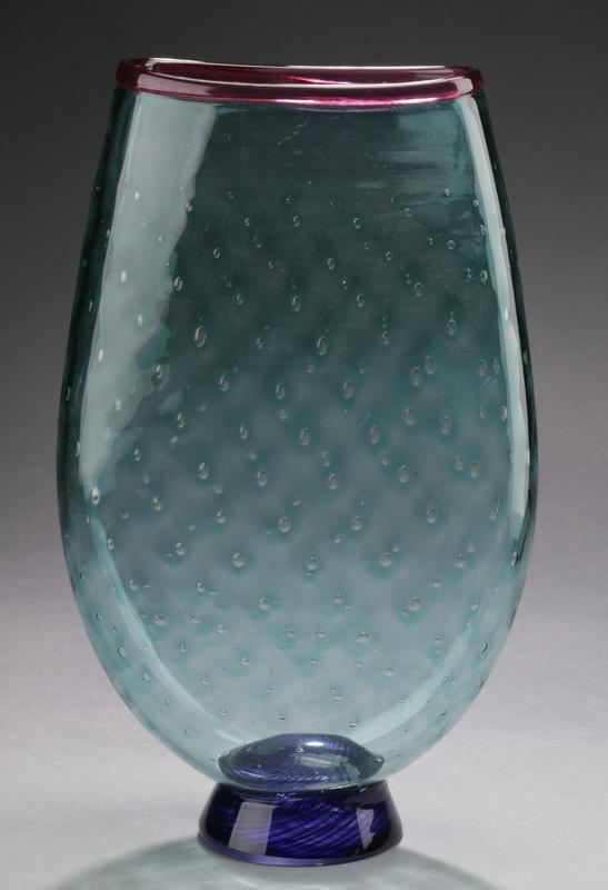 Contemporary art glass vase by Bruce Pizzichillo