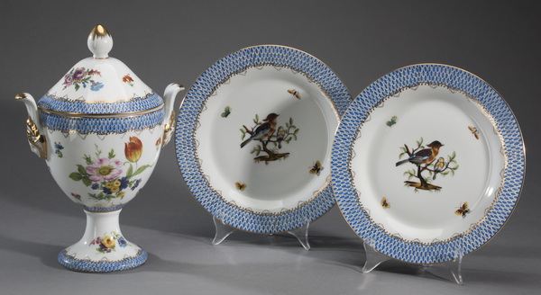 3pcs hand painted porcelain in the style of Herend