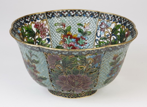 Chinese plique-a-jour enameled bowl, 8