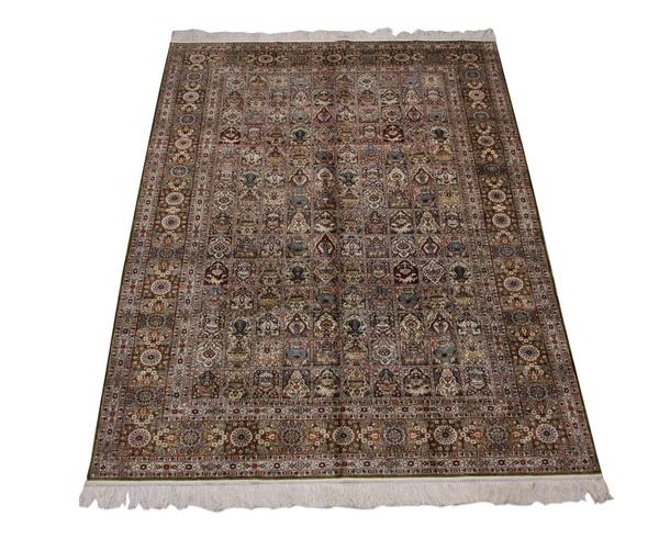 Hand knotted silk Tabriz rug, 9 x 6