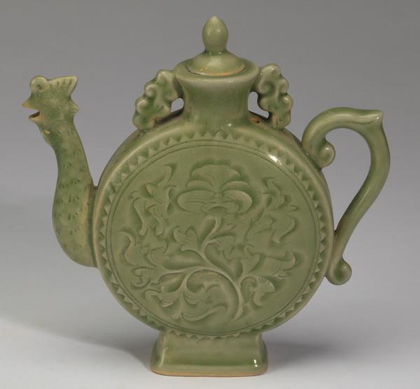 Chinese Ming style celadon lidded ewer, 7