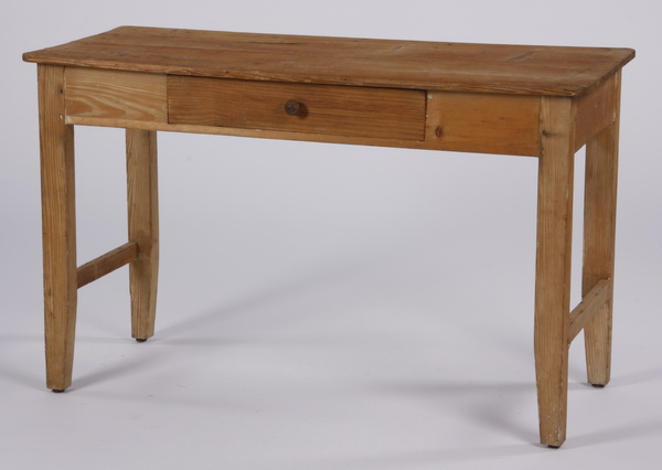 Rustic pine table, 52