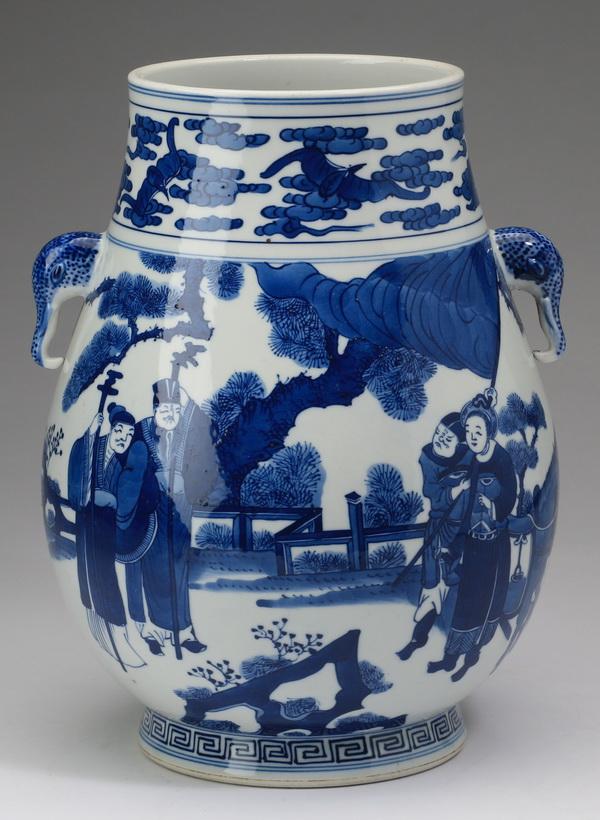 Chinese Hu vase, Kangxi mark, 11