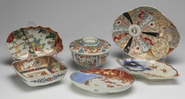 (6) Imari style porcelain serving dishes