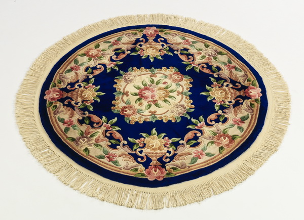 Chinese hand knotted wool rug, 52