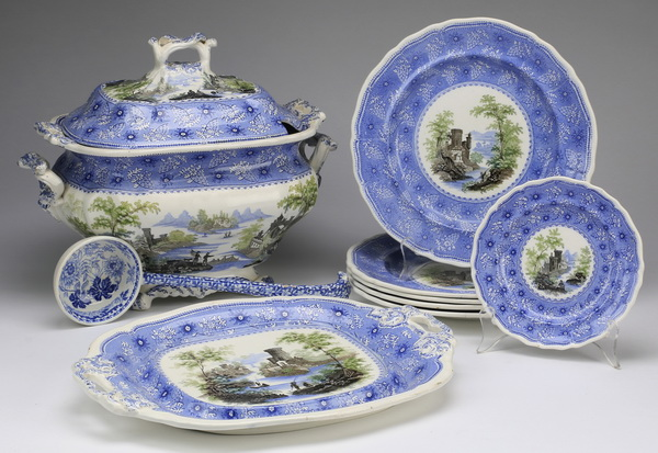 (9) Davenport 'Romantic Castles' serving pcs