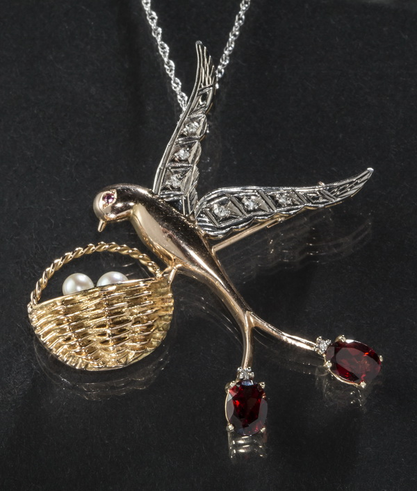 Vintage swallow pin/pendant with chain, 18